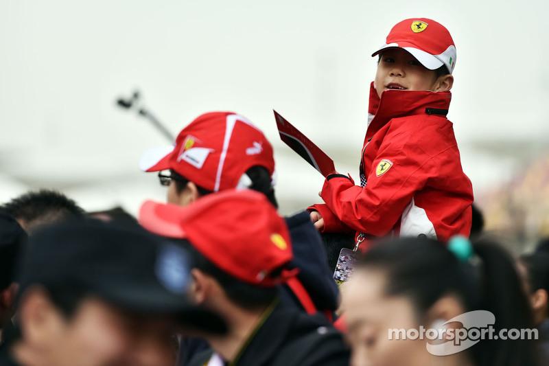 Seorang fans muda Ferrari