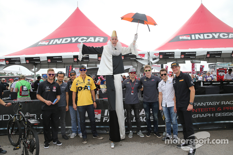 James Jakes, Carlos Huertas, James Hinchcliffe, Graham Rahal, Luca Fillipi, Josef Newgarden, Marco Andretti, and Ryan Hunter-Reay