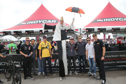 James Jakes, Carlos Huertas, James Hinchcliffe, Graham Rahal, Luca Fillipi, Josef Newgarden, Marco Andretti und Ryan Hunter-Reay