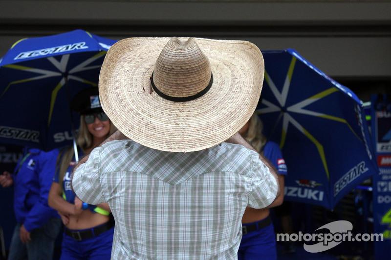 Team Suzuki MotoGP, Gridgirls