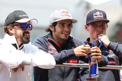 Фернандо Алонсо, McLaren Honda, Карлос Сайнс мл., Scuderia Toro Rosso и Макс Ферстаппен, Scuderia To