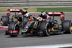 Pastor Maldonado, Lotus F1 Team y Romain Grosjean, Lotus F1 Team