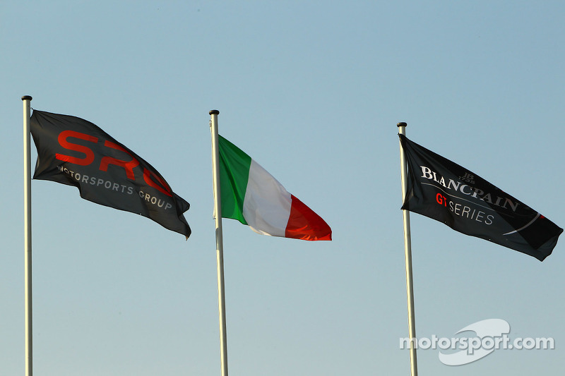 SRO, Italian and Blancpain GT Series flags