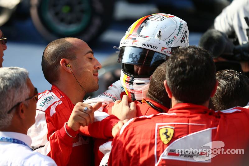 Posisi ke-3 Sebastian Vettel Ferrari
