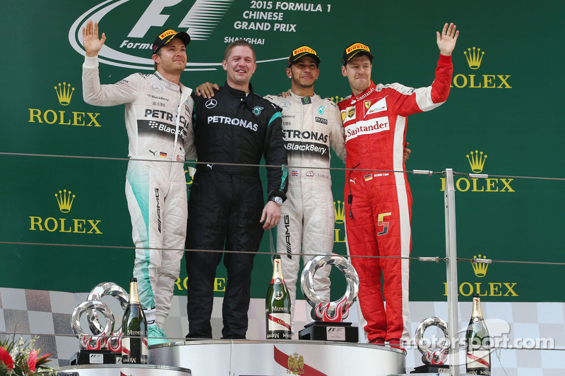 Das Podium: 2. Nico Rosberg, Mercedes AMG F1; 1. Lewis Hamilton, Mercedes AMG F1; 3. Sebastian Vettel Ferrari