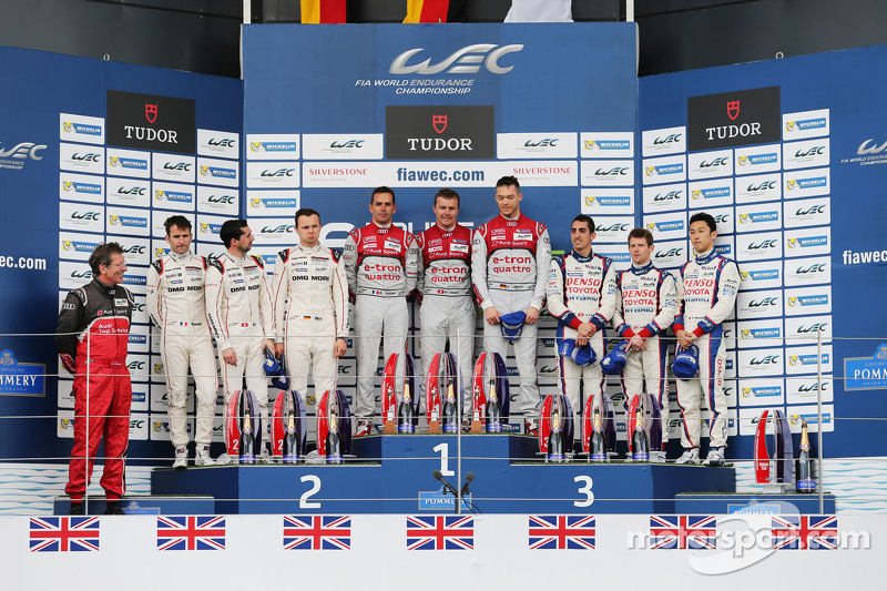 LMP1 Podium: second place Romain Dumas, Neel Jani, Marc Lieb and winners Benoit Tréluyer, Marcel Fas