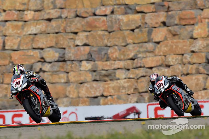 Leon Haslam, Aprilia Racing Team,, dan Jordi Torres, Aprilia Racing Team