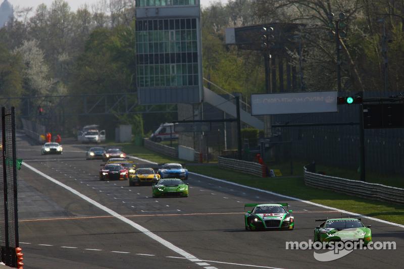 #19 GRT Grasser Racing Team, Lamborghini Huracan: Andrew Palmer, Fabio Babini, Jeroen Mul
