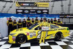 Ganador de la pole Matt Kenseth, Joe Gibbs Racing Toyota