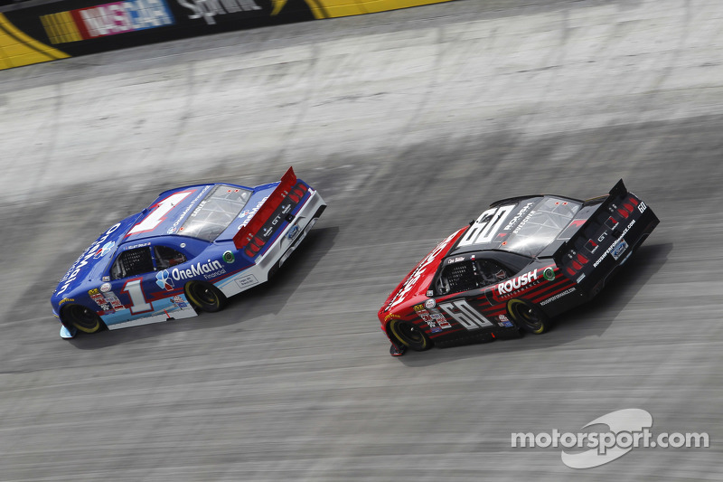 Chris Buescher, Roush Fenway Racing Ford, Elliott Sadler, Roush Fenway Racing Ford