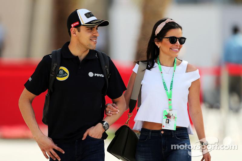 Pastor Maldonado, Lotus F1 Team with his wife Gabriela Tarkanyi