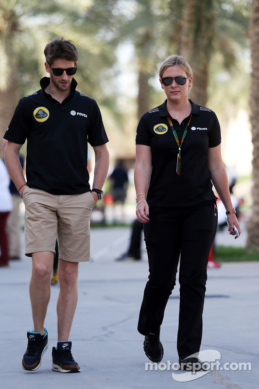 Romain Grosjean and Aurelie Donzelot, Lotus F1 Team Media Communications Manager