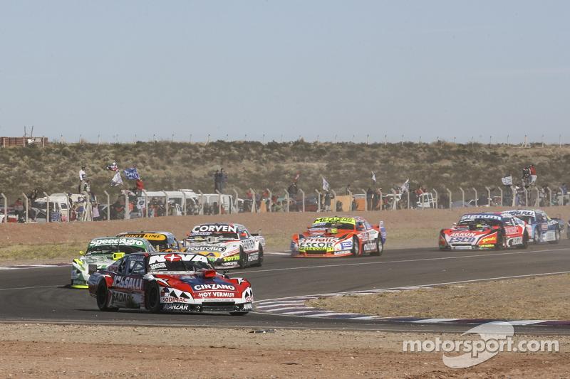 Matias Rossi, Donto Racing, Chevrolet; Agustin Canapino, Jet Racing, Chevrolet; Leonel Pernia, Las T