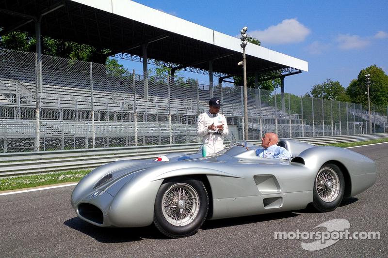 Lewis Hamilton, Mercedes F1, und Sir Stirling Moss in Monza