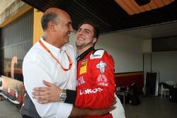 Pepe Oriola, pole y Jaime Puig, jefe de SEAT Sport