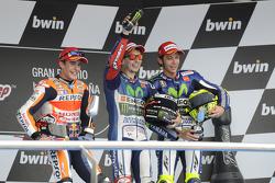 منصة التتويج: الفائز بالسباق، خورخي لورينزو. المركز الثاني، مارك ماركيز. المركز الثالث، فالنتينو روسي
