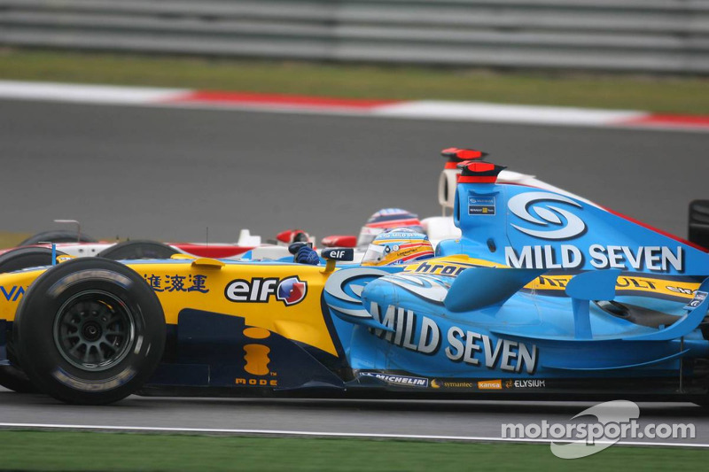 Fernando Alonso y Takuma Sato