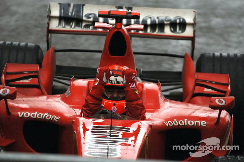 Michael Schumacher: Anos na Ferrari: 1996-2006 / GPs: 179 / Vitórias: 72 / Títulos: 5
