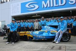 Mild Seven farewell to F1 team photoshoot