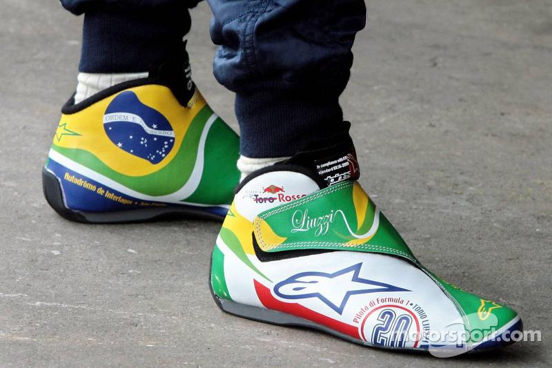 Chaussures de Vitantonio Liuzzi désignées par un vainqueur de la compétition