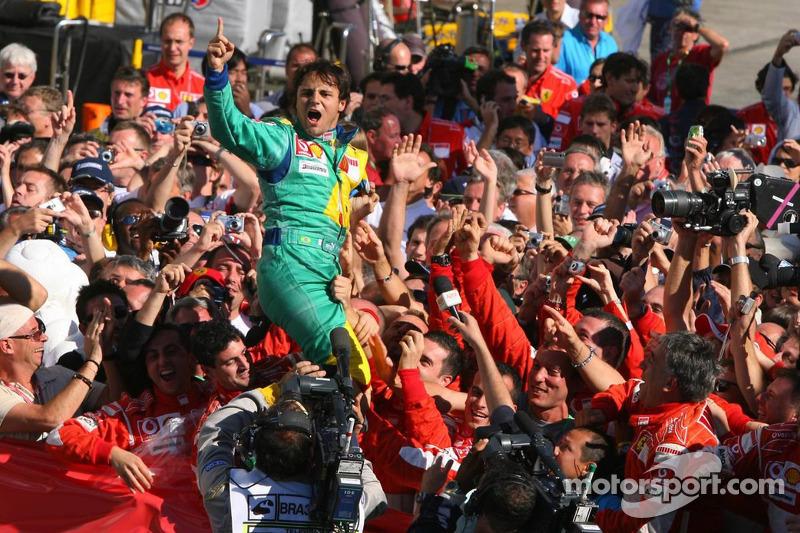 2006: Felipe Massa gana por primera vez en Interlagos, rompiendo el ayuno de los brasileños