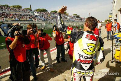 Team Alstare Suzuki presents Max Biaggi