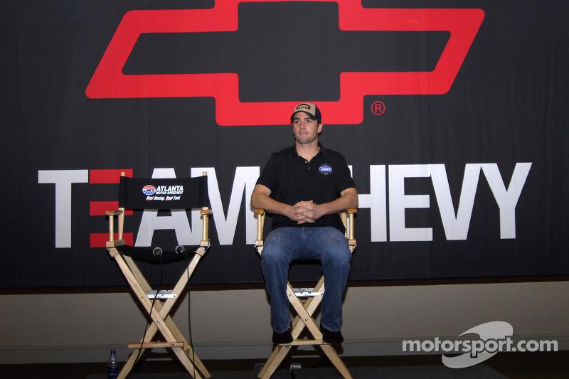 Conférence de presse : Jimmie Johnson annonce la Chevrolet Impala SS Car of Tomorrow pour la saison 2007de NASCAR Nextel Cup Series