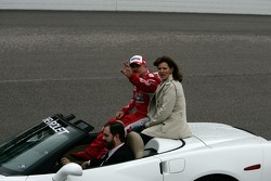 Terry Labonte and his wife Kim take Terry's parade lap