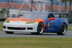 #42 Team Sahlen Corvette: Joe Sahlen, Will Nonnamaker, Wayne Nonnamaker, Joe Nonnamaker