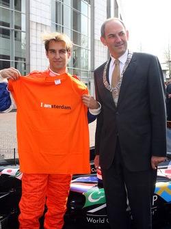 Activités médiatiques : Jeroen Bleekemolen et Marius Job Cohen