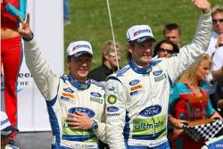 Podium : les vainqueurs Marcus Gronholm et Timo Rautiainen