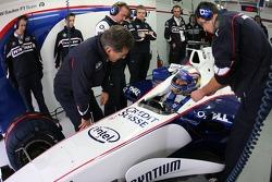 Alex Zanardi and Dr. Mario Theissen, BMW Motorsport Director