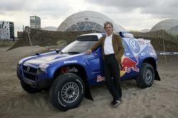Volkswagen Motorsport test at Strandkai Beach Resort, Hamburg: Walter Sittler with the Volkswagen Race Touareg 2