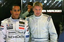 Mika Hakkinen et Lewis Hamilton