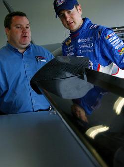 Crew chief Roy McCauley and Kurt Busch