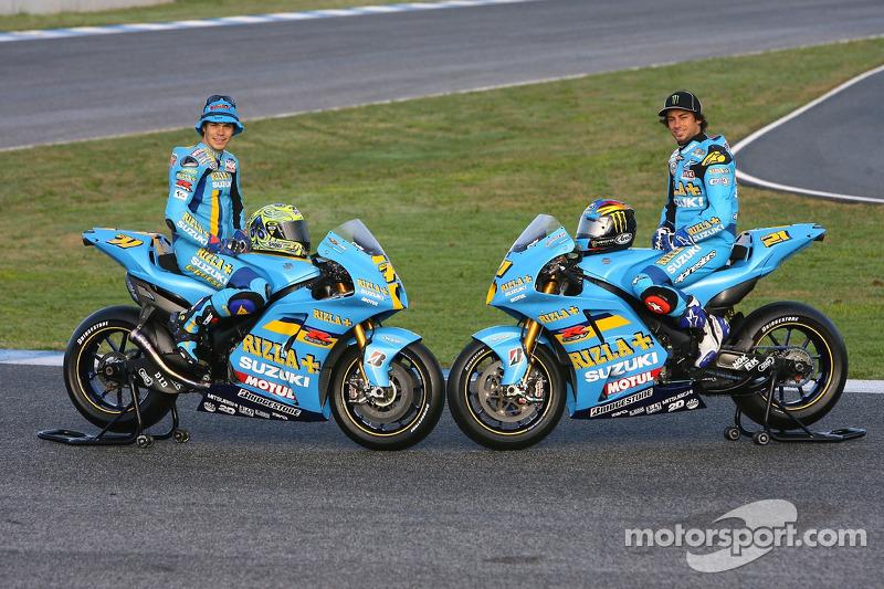 Rizla Suzuki: Chris Vermeulen and John Hopkins pose with their Suzuki XRE4 bike at Jerez ...