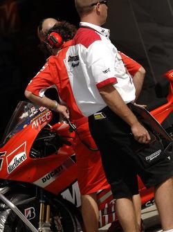 Ducati pit ambiance
