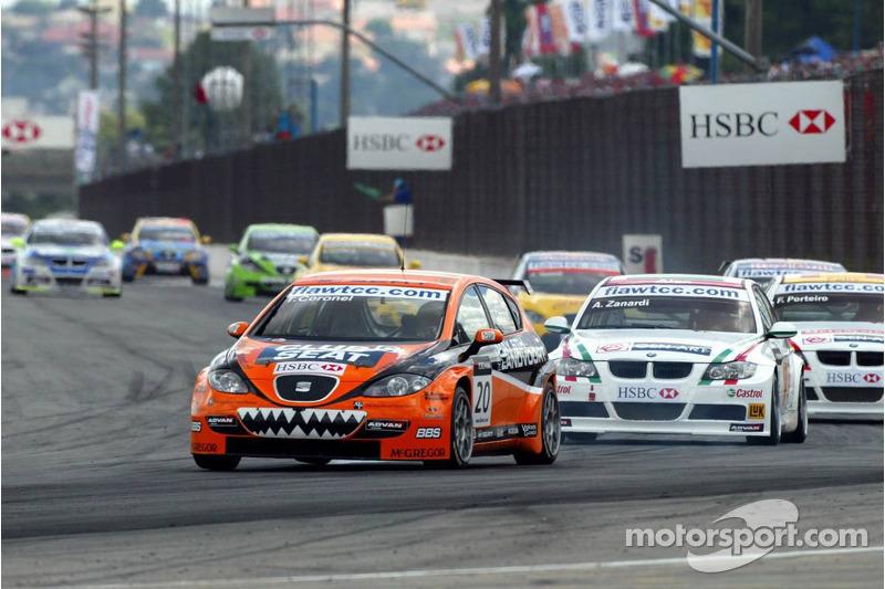 Tom Coronel, GR Asia, SEAT Leon et Alex Zanardi, BMW Team Italy-Spain, BMW 320si WTCC