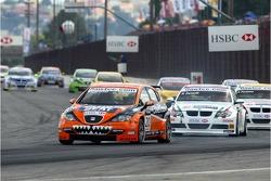 Tom Coronel, GR Asia, SEAT Leon and Alex Zanardi, BMW Team Italy-Spain, BMW 320si WTCC