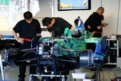 Jenson Button, Honda Racing F1 Team, Pit garage