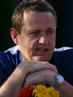 Steve Nielson, Renault Race Engineer