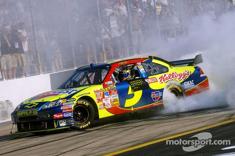 2007, Bristol 1: Kyle Busch (Hendrick-Chevrolet)