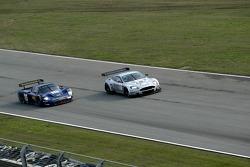#16 JMB Racing Maserati MC 12 GT1: Joe Macari, Ben Aucott, #17 Barwell Motorsport Aston Martin DBR9: Jonny Kane, Jonathan Cocker