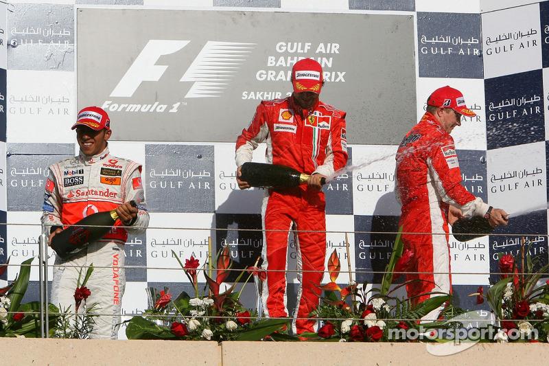 2007. Подіум: 1. Феліпе Масса, Ferrari. 2. Льюіс Хемілтон, McLaren-Mercedes. 3. Кімі Райкконен, Ferrari