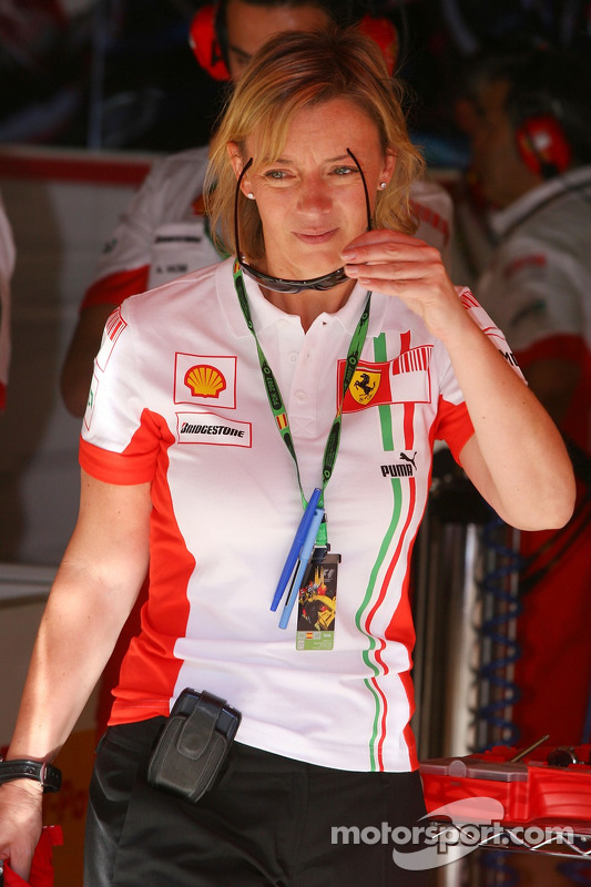 Sabine Kehm Michael Schumacher S Personal Press Officer