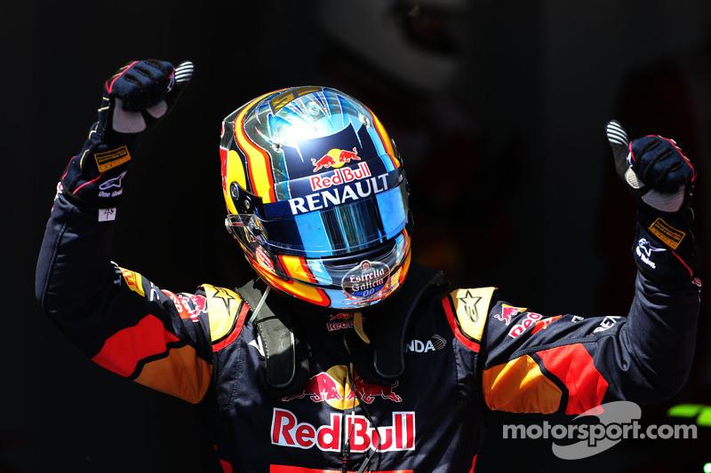 Carlos Sainz, Scuderia Toro Rosso