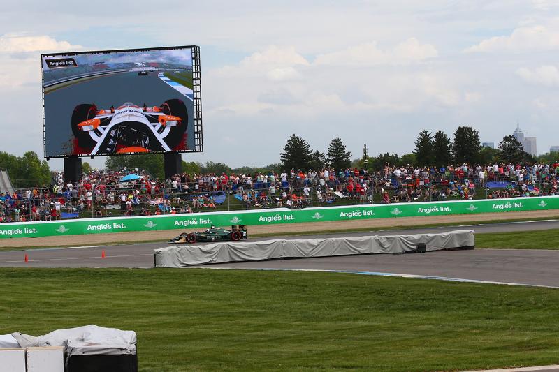 Luca Filippi, CFH Racing, Chevrolet, und Simon Pagenaud, Team Penske, Chevrolet