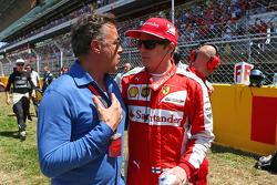 Jean Alesi and Kimi Raikkonen, Ferrari on the grid