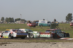 Prospero Bonelli, Bonelli Competicion Ford and Emiliano Spataro, UR Racing Dodge crashing