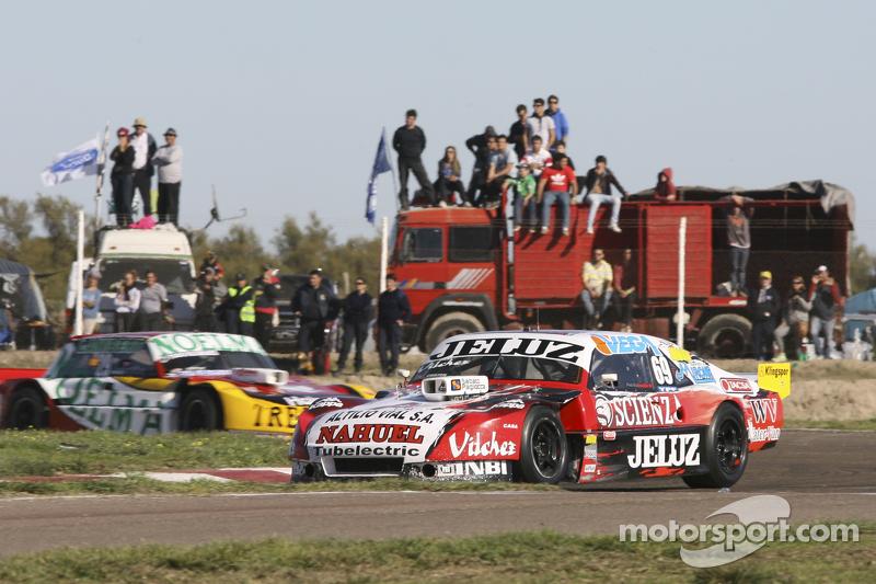 Pedro Gentile, JP雪佛兰车队,和Nicolas Bonelli, Bonelli福特车队